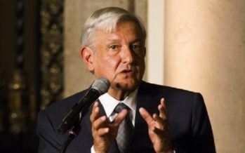 Promete López Obrador gobernar para todos y expresa respeto a Peña Nieto