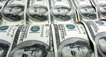 Hasta en 19.36 pesos se vende dólar en sucursales bancarias