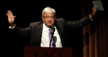 Es tiempo de unidad para lograr la transformación: López Obrador