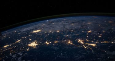 Por qué la creación de una Fuerza Espacial debilitará a EEUU