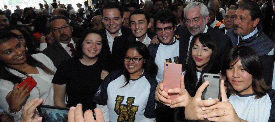 Registra la UNAM máximos históricos en aspirantes, estudiantes y carreras: Graue