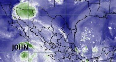 Huracán John se ubica a 350 kilómetros al suroeste de Cabo San Lucas