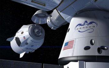NASA presenta primeros astronautas para vuelos comerciales al espacio