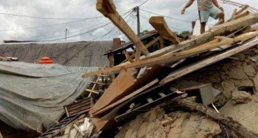 Fuertes sismos en Indonesia dejan al menos 36 muertos y varios heridos