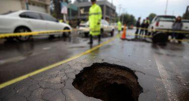 Hundimiento y fractura del suelo pueden provocar desastres graves como los de los sismos
