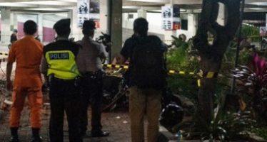 Terremoto en Indonesia deja ya 82 muertos y cientos de heridos
