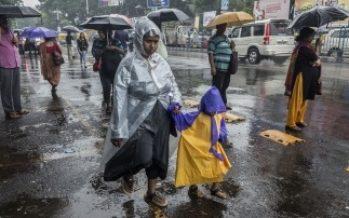 Ciudad de México inicia la semana con lluvias y chubascos