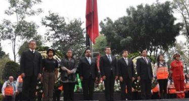 Encabeza Amieva ceremonia cívica solemne por aniversario de sismos