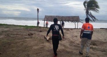 Huracán Olivia se aleja de costas mexicanas