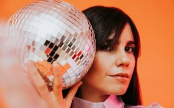 "Javiera Mena estrena video para su nuevo single: ""Espejo"""