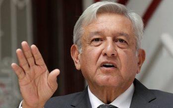 López Obrador se reúne con organizaciones y familiares de víctimas