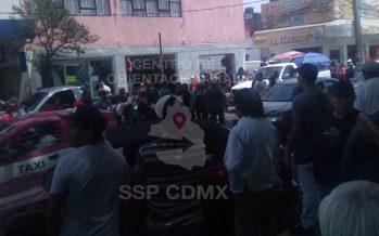 Manifestantes cierran Santa Cruz, entre Calzada de Tlalpan y Antillas