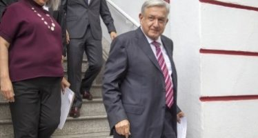 Presenta López Obrador a quienes ocuparán subsecretarías en Economía
