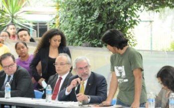 Rector de la UNAM acepta peticiones de alumnos del CCH Azcapotzalco