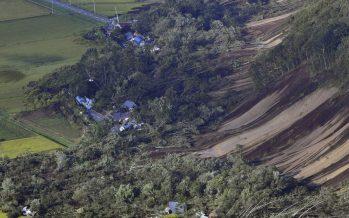 9 muertos y más de 300 heridos: Fuertes terremotos sacuden Japón