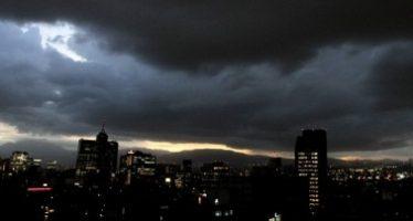 Tormentas intensas y fuertes se esperan para la noche en el país